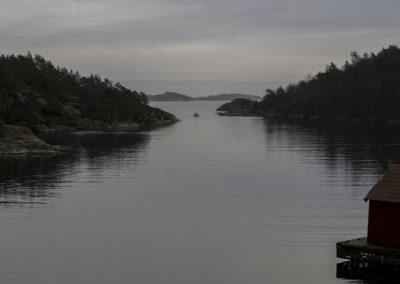Fangsten på vei gjennom Ørp. Det er stille, det er februar.