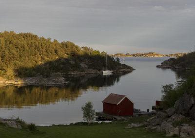 Vi nærmer oss St. Hans og kvelden siger på i Ørp.
