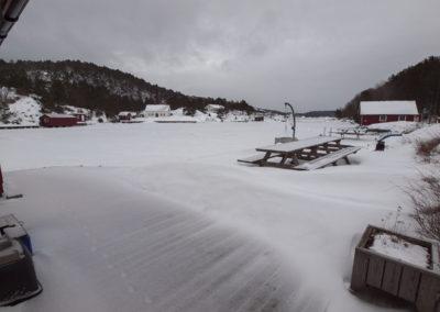 Det er kaldt, og det er februar. Sonde´ æ´ frosse´, og mer snø.