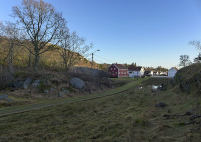 Fortsatt januar - og så gikk snøen på Landøy.