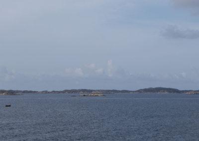 Snekka på vei mot Landøy og Skogsøy en augustdag.