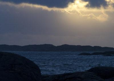 Desember på fjordstrekket mellom Tånes og Landøy.
